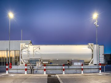 Mobile LNG skid with LIN tank included